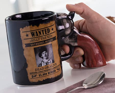 Mug Revolver Wanted